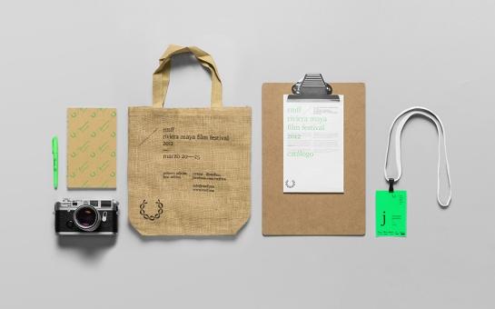 B_press_kit_items